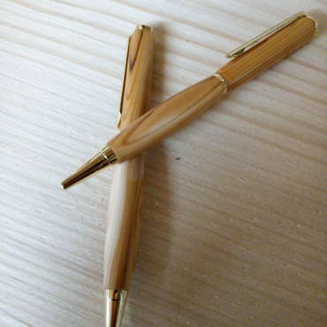 Kugelschreiber in Eibe